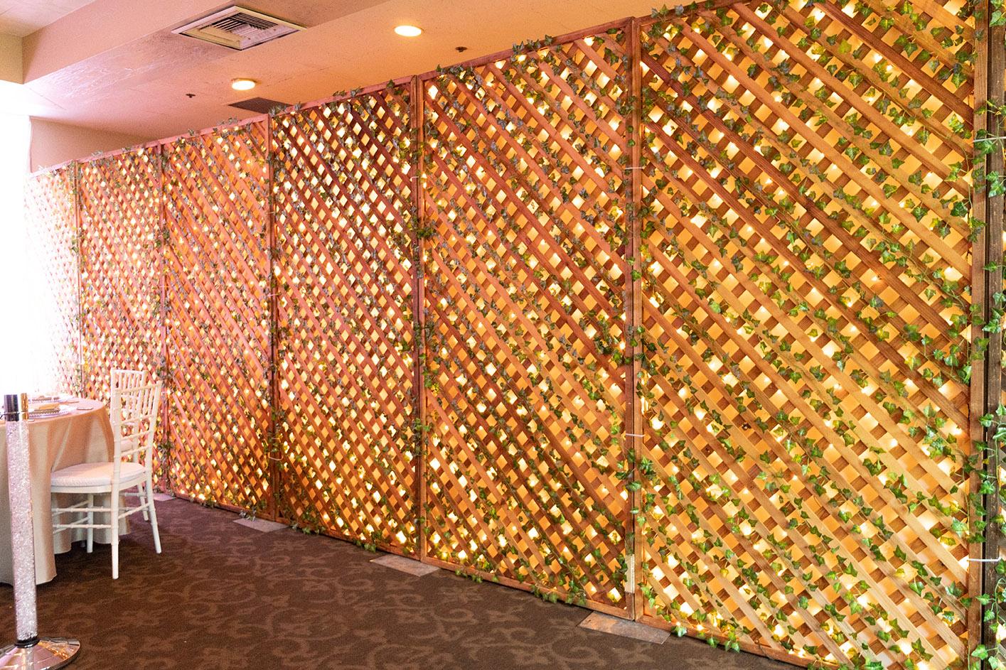 Ivy Lattice Panel Natrual Wood 1